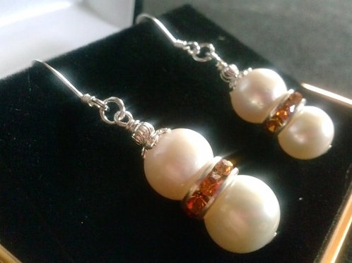 SSilver Pearl Earrings with Swarovski Crystals