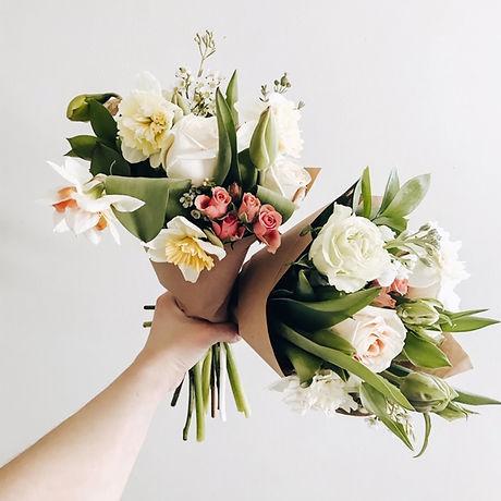 Medium Seasonal Wrapped Bouquet s