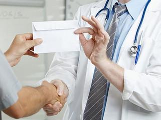 Devolução de dinheiro de Consulta ou Procedimento do Médico ao Paciente