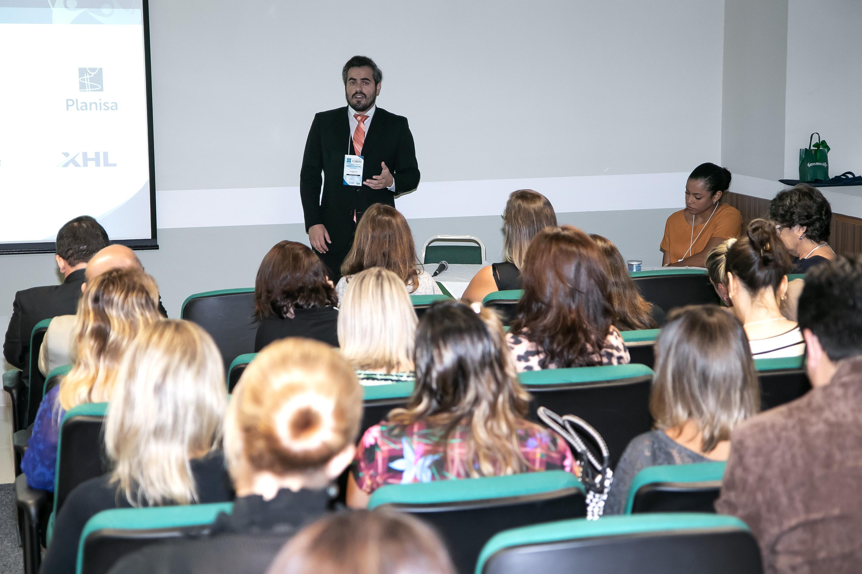 Ricardo Stival - Advogado de Direito Méd