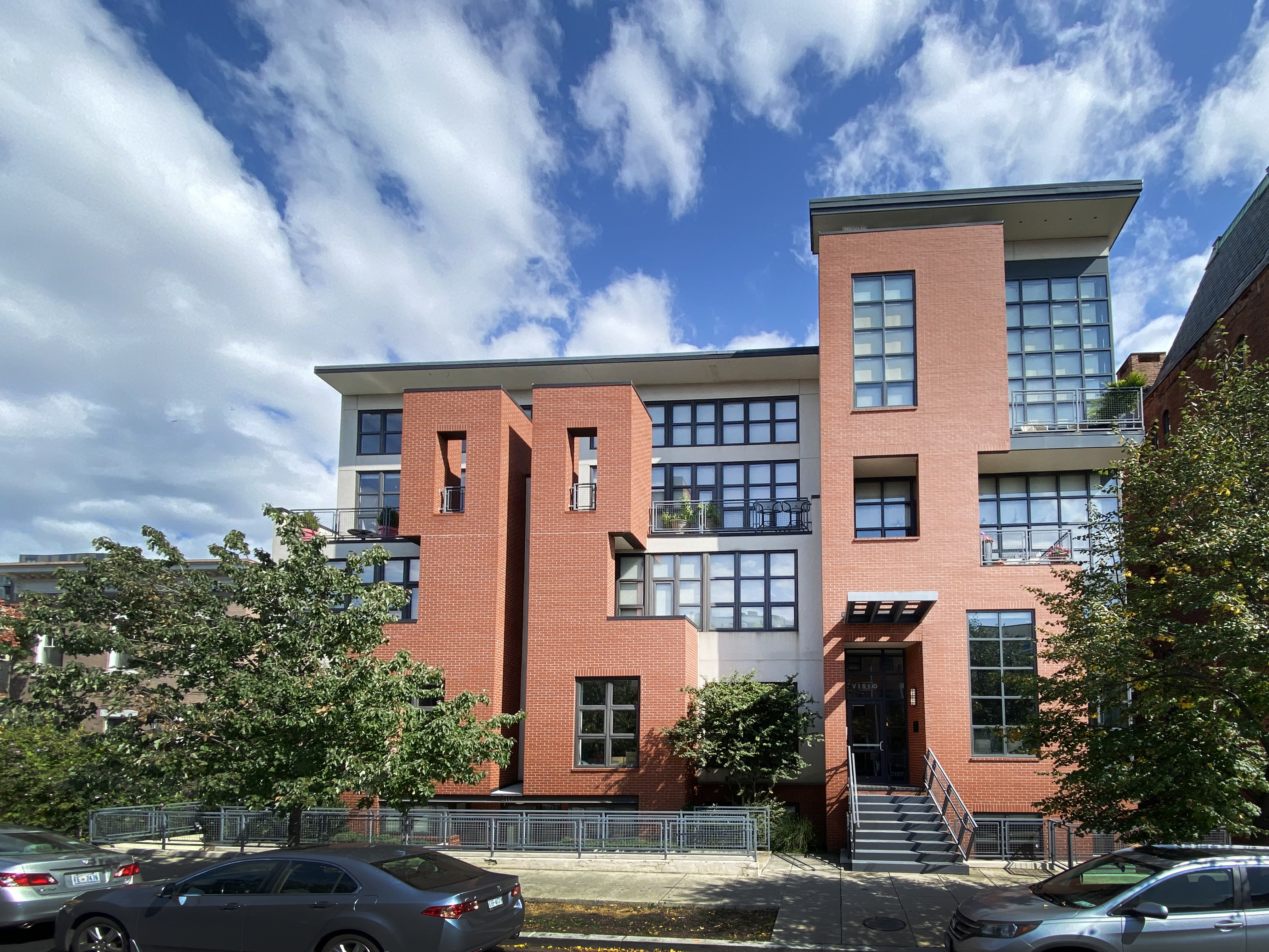 2117 10th St NW #302