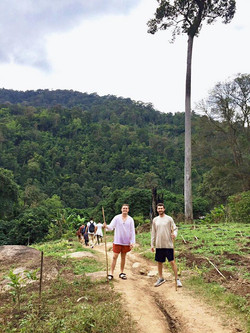 Brothers Williams and Gale head to Thailand for Winter Break