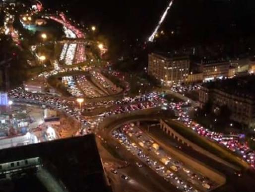 EVACUATING PARIS: Thousands Flee New COVID Lockdowns