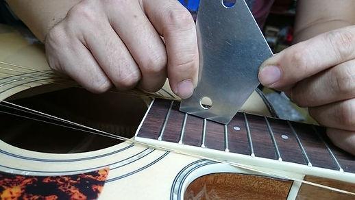 木吉他 琴衍高度測量