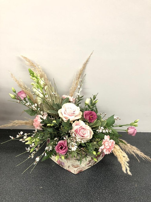 Pampas Loose Heart Mothers Day Hatbox
