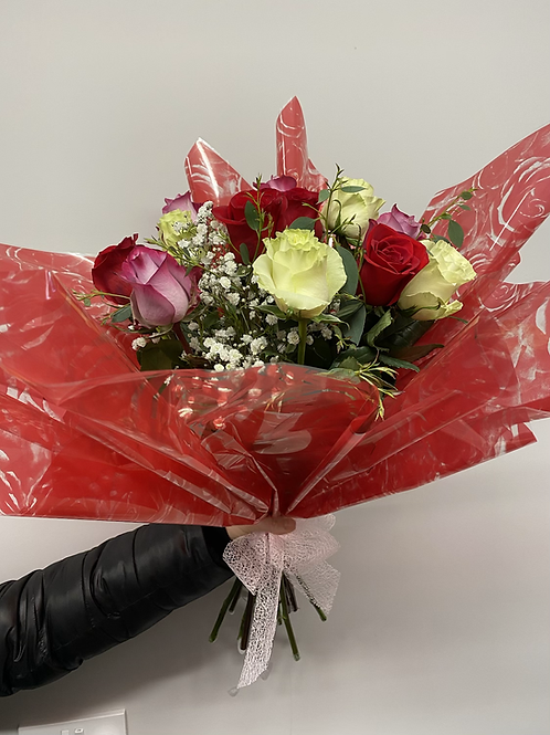 Mixed Rose Bouquet with Gip