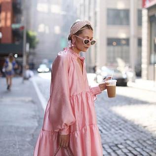 Octubre se viste de rosa en Amora The Beauty Market
