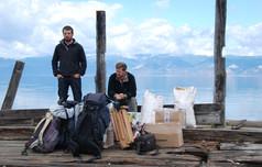 Le lac Baïkal avec Bertrand de miollis avant d'embarquer pour rejoindre Sylvain Tesson, 2010