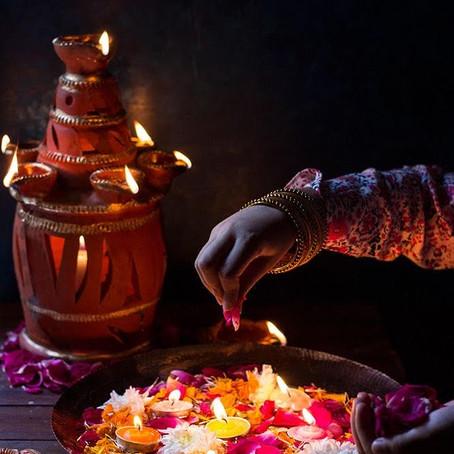 Saiba como fazer um Pooja e montar o altar em sua casa