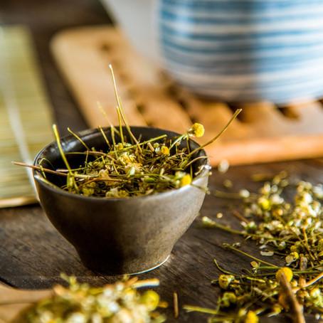 Aprenda quais os chás de ervas para equilibrar seus chakras