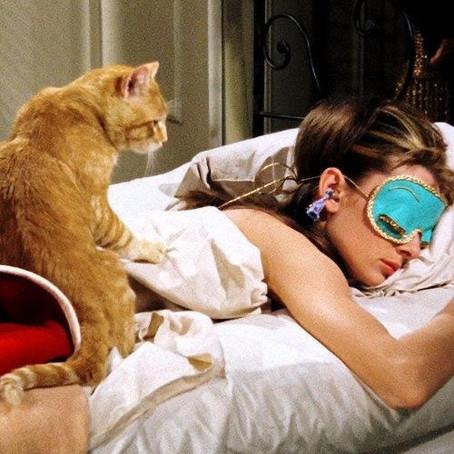 Sono feminino: entenda porque mulheres precisam dormir mais