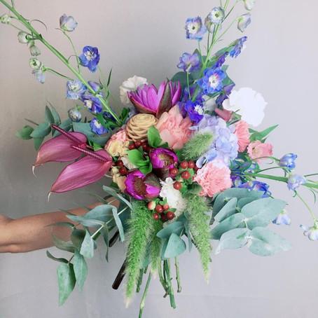Como fazer um Altar Florido: Conheça as flores das sete divindades hindus