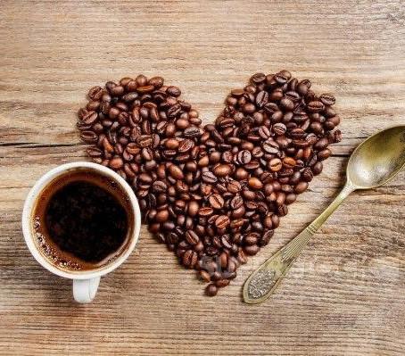 Aprenda fazer drinks de café com o barista Fabio Mendes