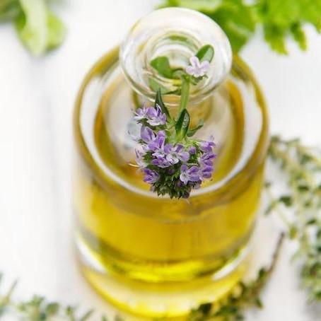 Conheça os melhores óleos essenciais para acalmar sua mente na meditação