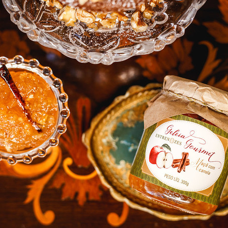 Cozinhe em casa: Aprenda a receita da geleia de maçã da chef Denise Rodrigues