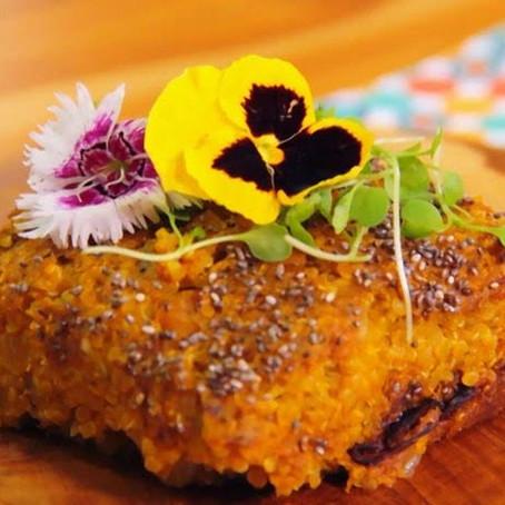 Receita de Cynthia Howllet e chef Carolyna Vaz: Quibe de Quinoa com abóbora no Zona Sul