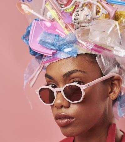 SINGLE USE PLASTICS : óculos feitos com canudos de plástico
