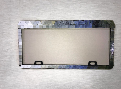 DIY Mosaic License Plate Holder