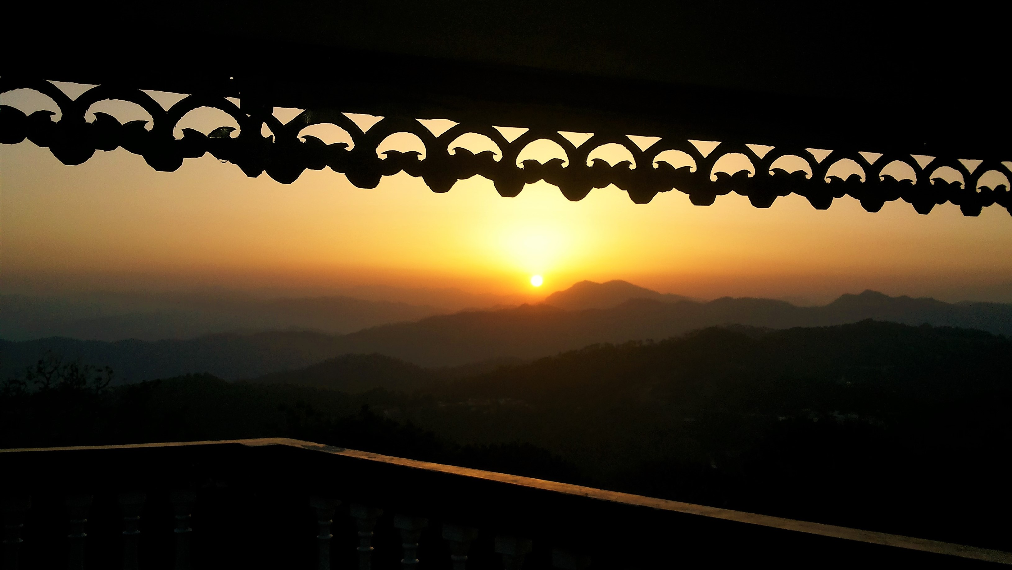 Sunrise worth looking, Kasauli, 2014