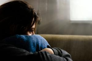 Como lidar com as crises de depressão e ansiedade - Farmácia de Manipulação Nova Vida em Uberlândia