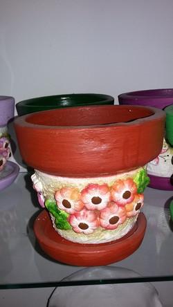 vaso com  flores aplicadas