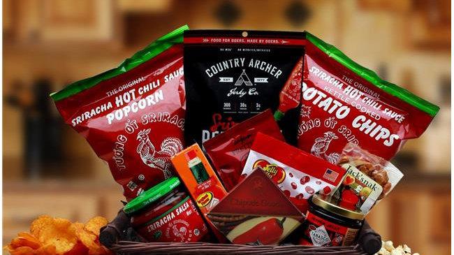 Gift Basket Associates 820802 Hot & Spicy Sriracha Lovers Gift Basket Associates
