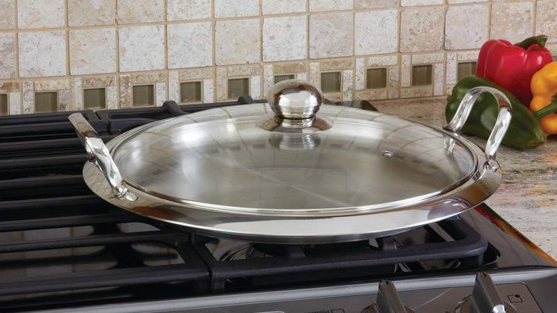 Chef's Secret; by Maxam; 12-Element High-Quality Stainless Steel Round Griddle