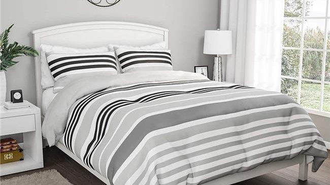 Bedford Home All-Season Blanket with Shams  Comforter Set - King Size