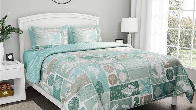 Bedford Home  Harbor Town-Veranda with Shams Quilt & Bedding Set