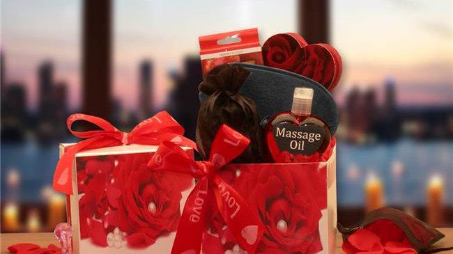 Gift Basket Drop 8162192 Bed of Roses Gift Set