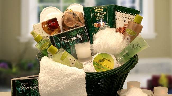 Spa Luxuries Gift Basket