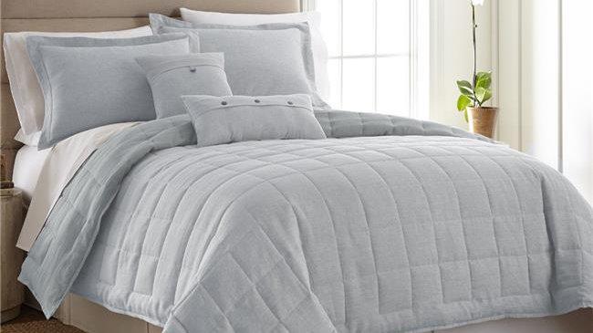 American Heritage Textiles  Light Blue 3 Piece Linen Quilt Set;  Queen Size