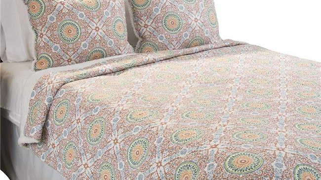 Bedford Home Emilia Reversible 3 Piece Quilt Set with Sherpa; King Size
