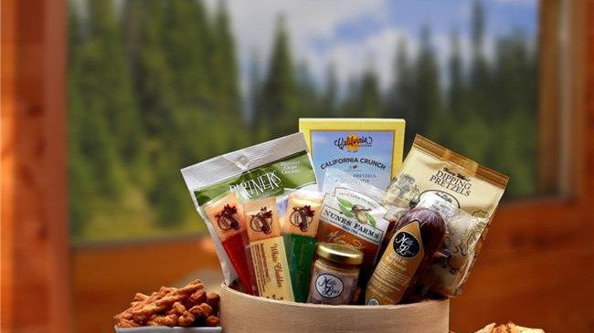 Gift Basket Associates 811092 Savory Snacks Gift Box