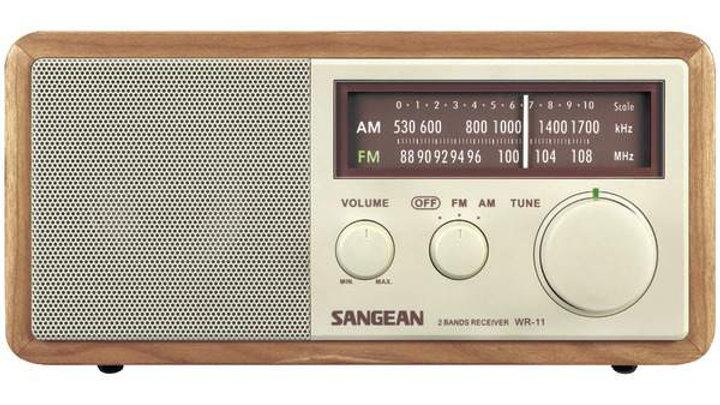 WOOD AM/FM TABLETP RADIO