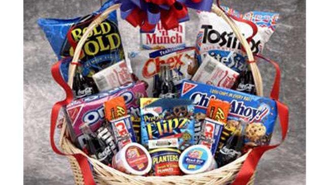 82021 Coke Works Snack Gift Basket - Large