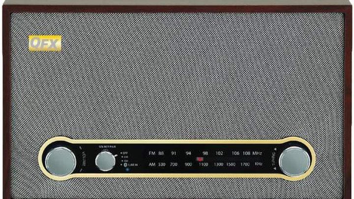 RETRO BT/AM/FM RADIO