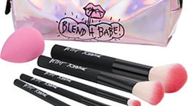 Betsey Johnson Blend It Babe Makeup Brush Set - 6 Piece