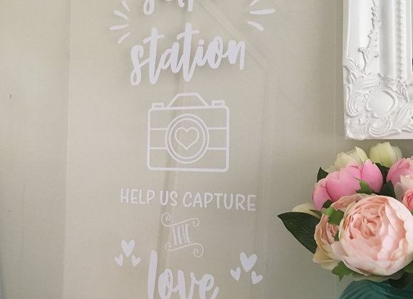 Selfie Station - Clear Acrylic Sign