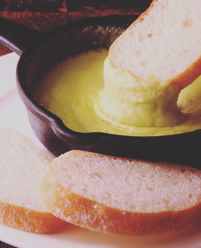 伸びーるチーズポテト アボカドアリゴ ¥700