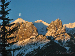 Monn over Mt Rundle, Canmore, Ab.