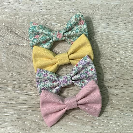 "Tiny Springtime Flowers 3"" bow"