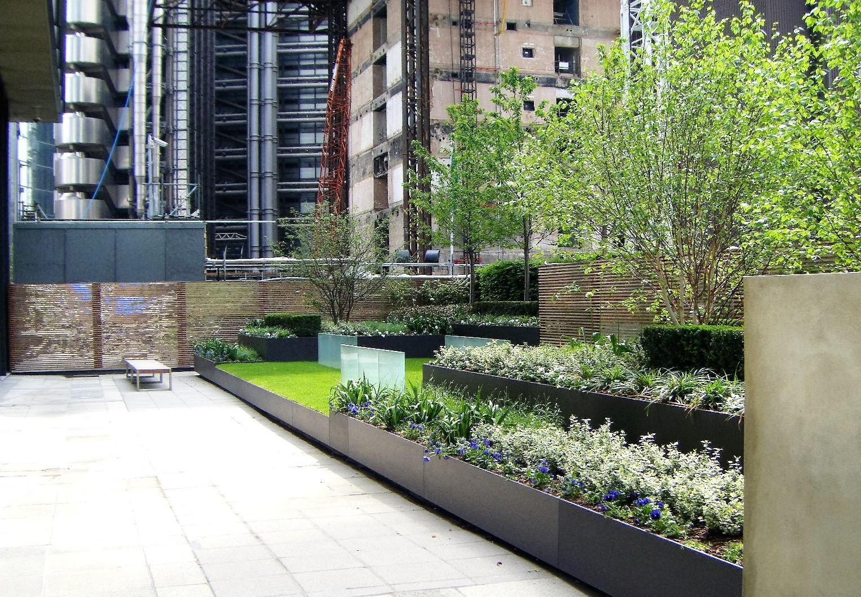 Aviva Garden