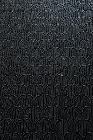 archi noir s.jpg