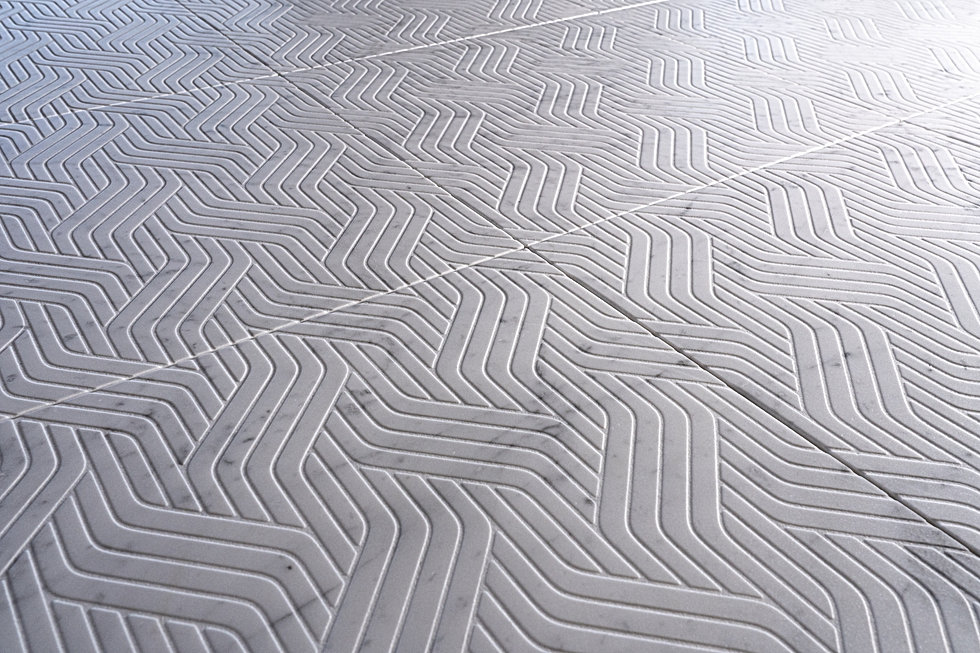 Texture Intrecci signed on carrara marble