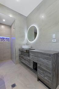 Residential_New Homes_Specialist bathroom lighting_Steve Knight Builders