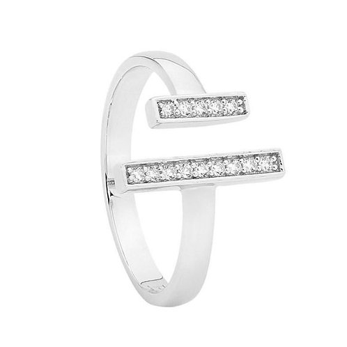 Meeting Rectangle Cubic Zirconia Ring - R461