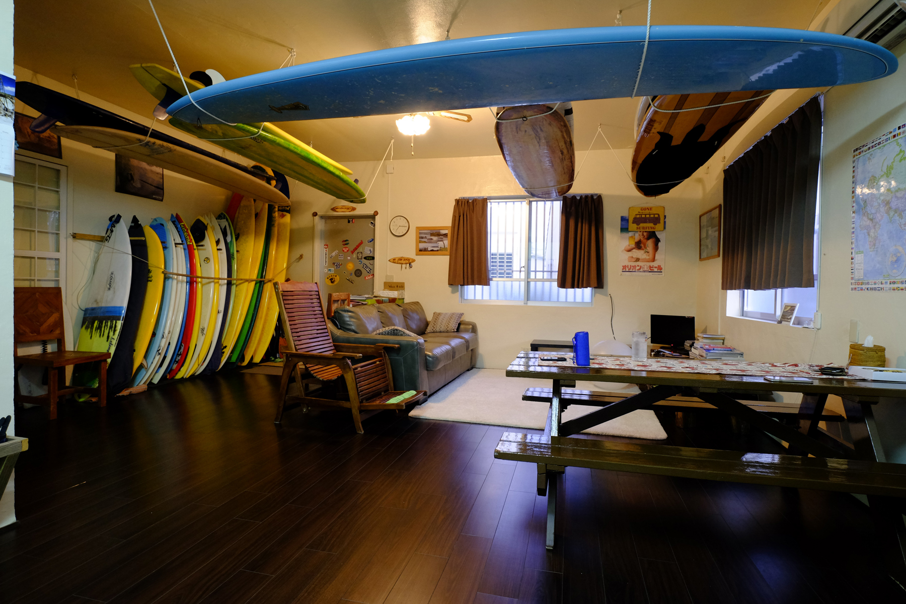 'Happy Surfing B&B', Okinawa