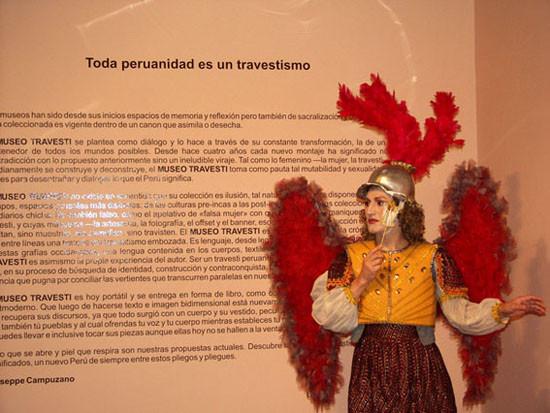 Créditos: Museu Travesti Fonte: http://hemisphericinstitute.org/hemi/pt/campuzano-presentation
