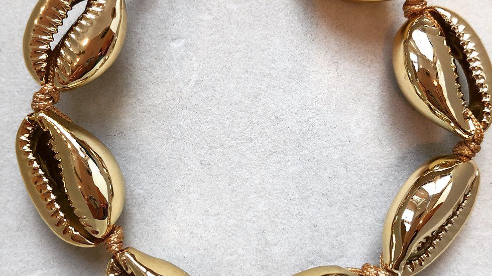Gold Sea Shell Bracelet
